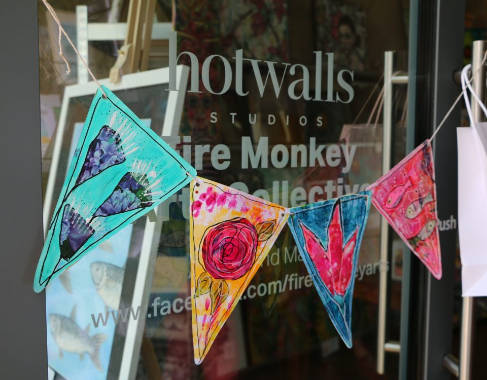 Hotwalls Creative market may 2018