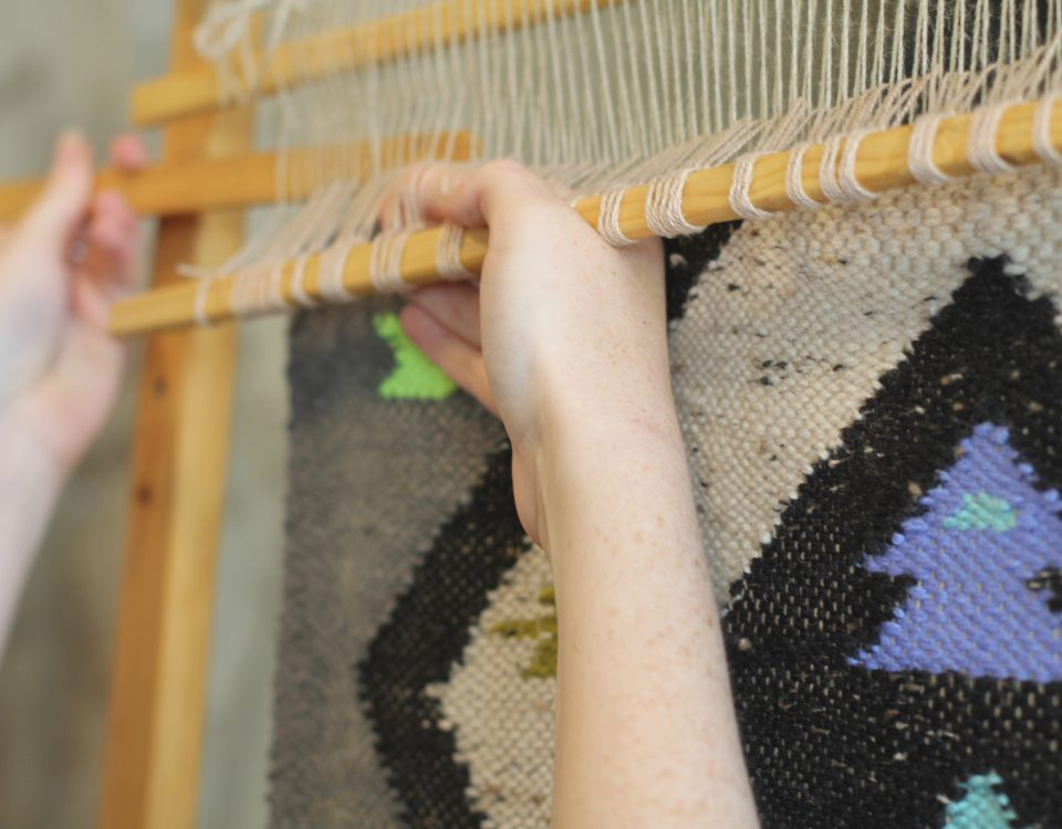Alice Vanderhume weaving